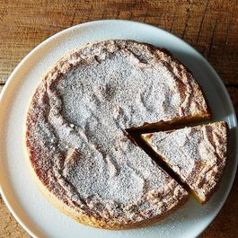 The Pear and Almond Cake I'd Rather Be Eating