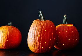 C6f37ac7 a889 46c5 b98c 6a71287ab4dc  2015 1013 halloween pumpkin carving drill james ransom 059