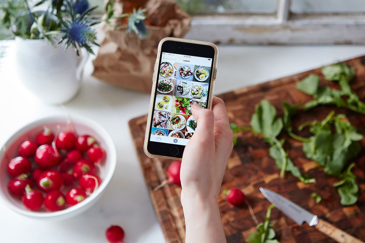 Why one restaurant is giving instagram foodie packs to for Table 52 recipes