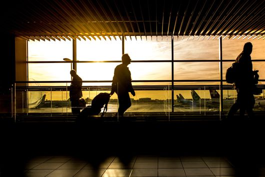 7 Trusty Tips for Stress-Free Holiday Travel