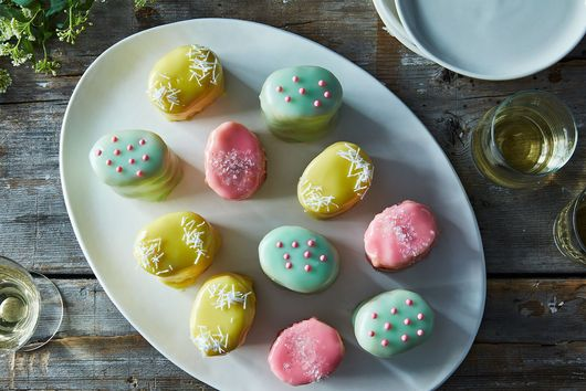 Easter Egg Petit Fours