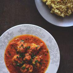 Dumplings curry with lemon rice