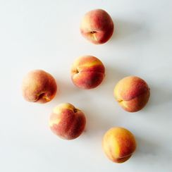 Frog Hollow Farm Organic Peaches