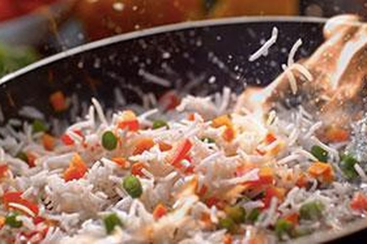 Fried Rice Source:- http://www.chingssecret.com/recipe/fried-rice