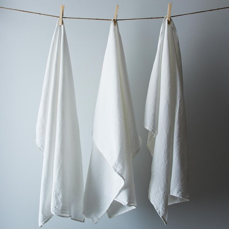 We used, ahem, well-loved Flour Sack Towels from our test kitchen for dyeing.