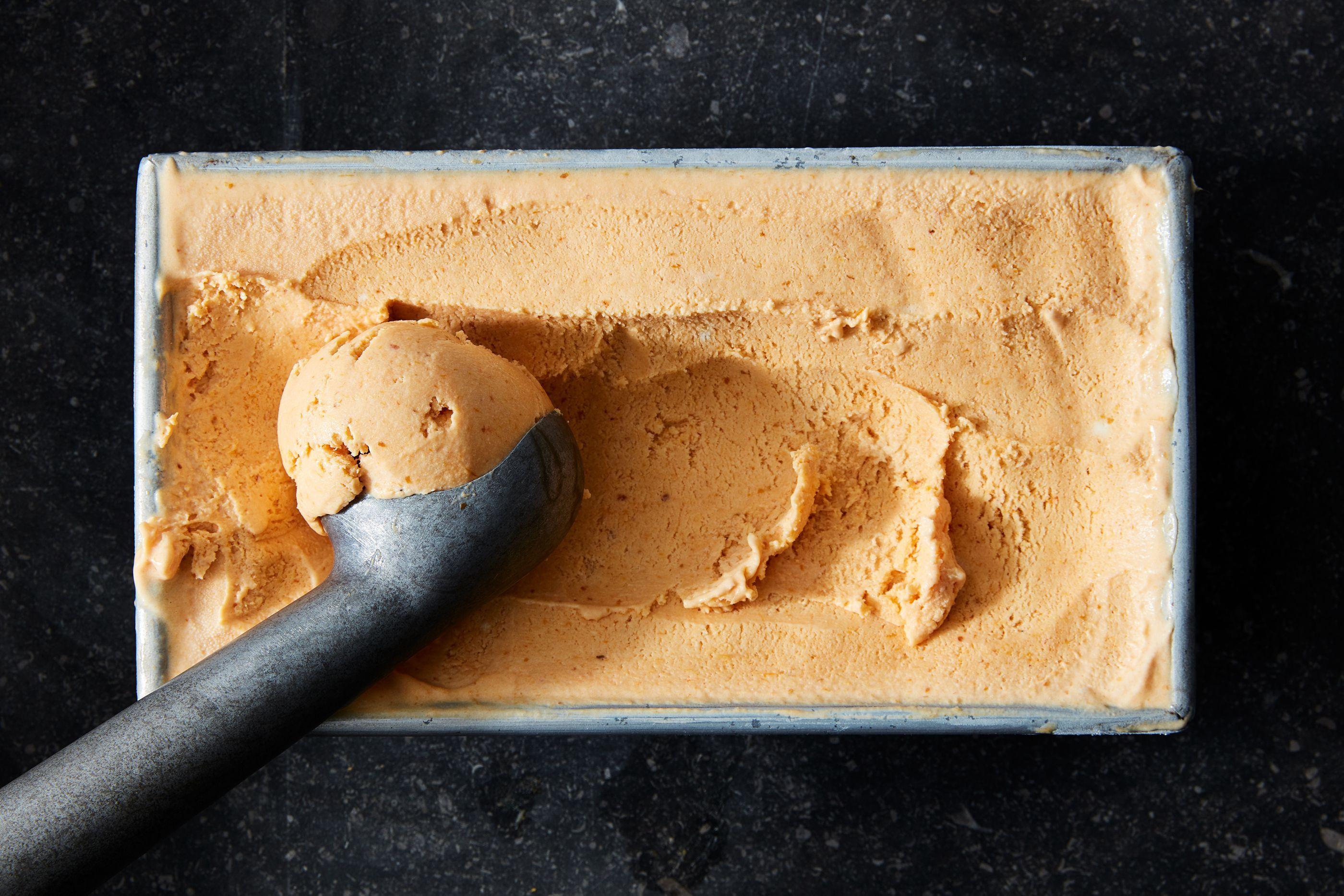 No-Churn Pumpkin Ice Cream With 5 Ingredients & No Pumpkin Spice