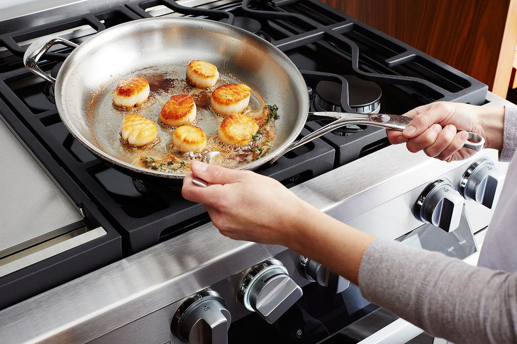 Our Guide For Caring For Cleaning Stainless Steel Pans
