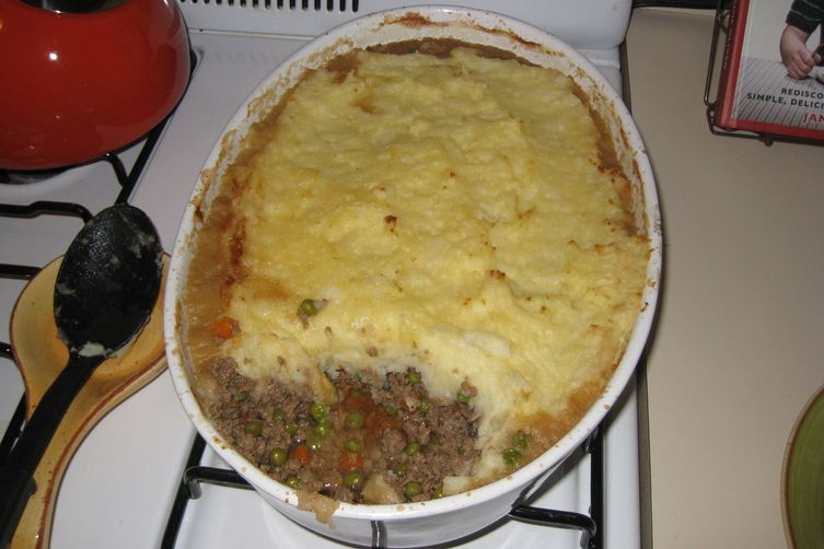 Cozy Beef & Mushroom Cottage Pie