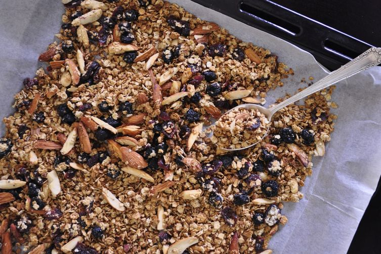 Crunchy Berry Breakfast Granola
