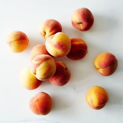 Frog Hollow Farm Organic Autumn Flame Peaches