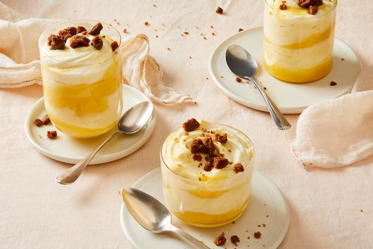 Citrus Pudding with Ginger Cookie Crumble