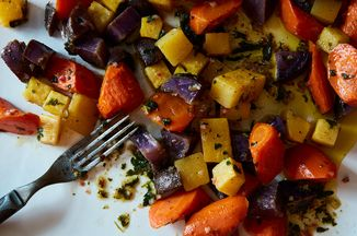 969102a4 47f0 453f aed4 f1626927a583  2016 1129 roasted vegetable salad chimichurri james ransom 207