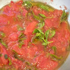 "FRESH TOMATO-BASIL SAUCE ""COOKED"" BY THE SUN"