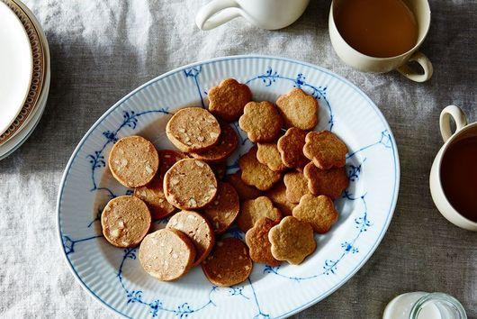 For a Scandinavian Christmas, There Must Be Cookies and Saffron Buns