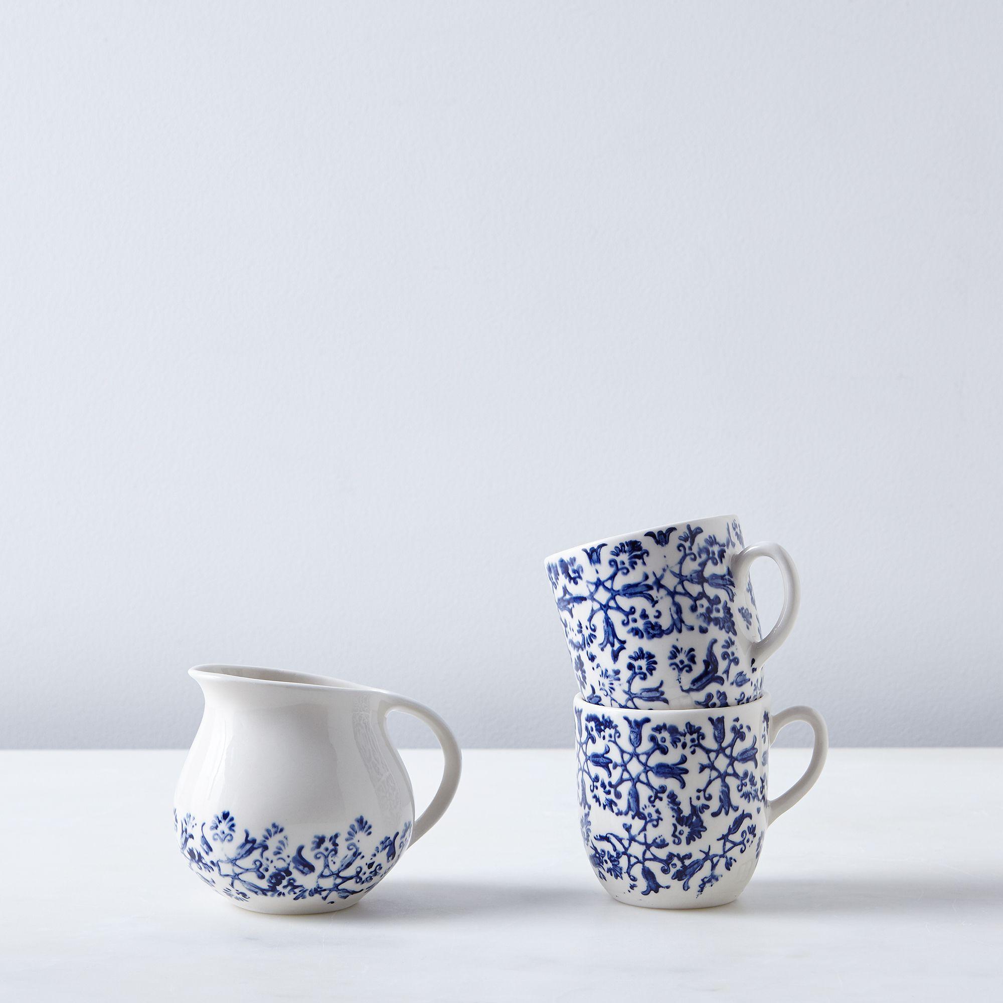 C16a8238 e192 4bab 8486 931e1157a7a9  2016 0610 art et manufacture floral cups and creamer floral silo rocky luten 002