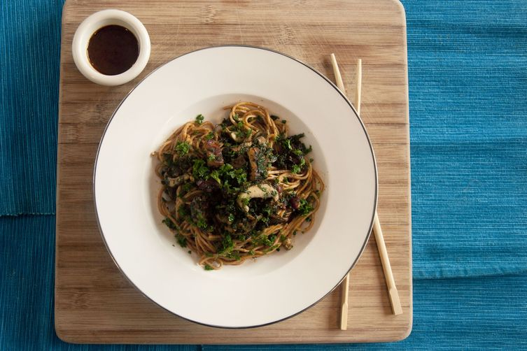 Sweet and Spicy Sesame Soba with Tempeh, Kale and Mushroom