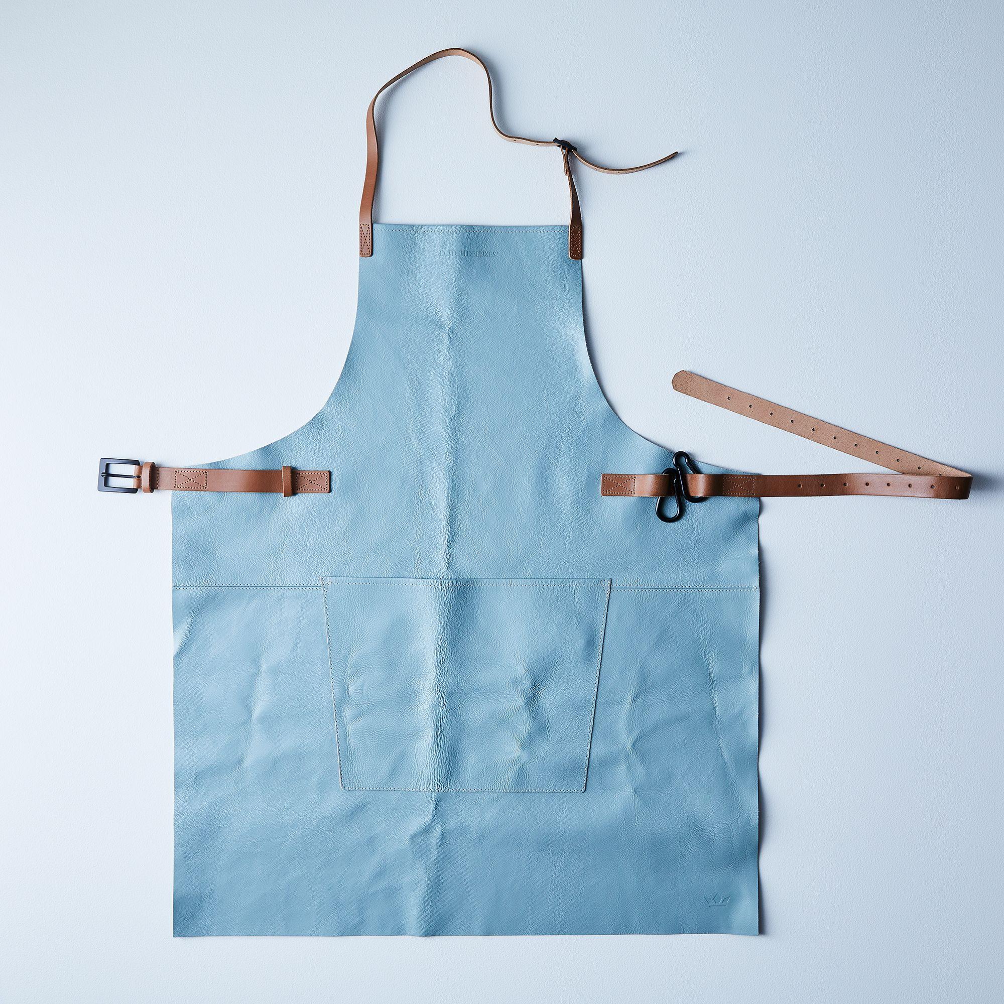 F3071837 0c3d 4d13 9b77 2c0f689aa962  2017 1120 dutchdeluxes dutch leather apron dusty blue silo ty mecham 008