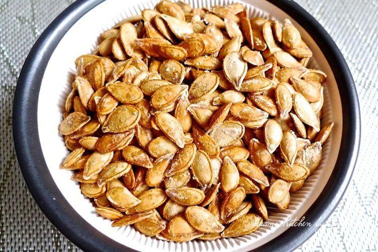 Crispy Toasted Pumpkin Seeds