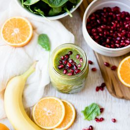 Pomegranate Citrus Punch Green Smoothie