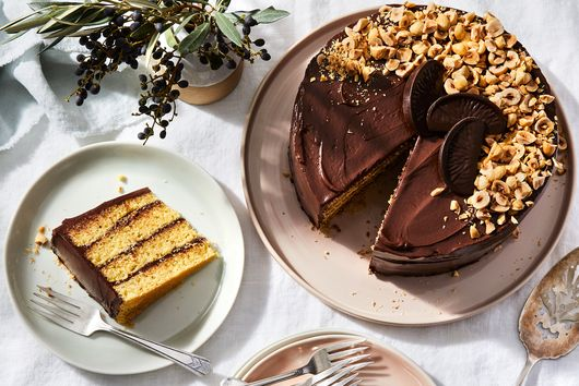 One-Bowl Chocolate & Orange Sponge Cake