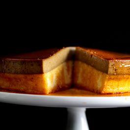 334530f2 c027 4761 96c8 670584d3b13a  caramel latte flan cake front960