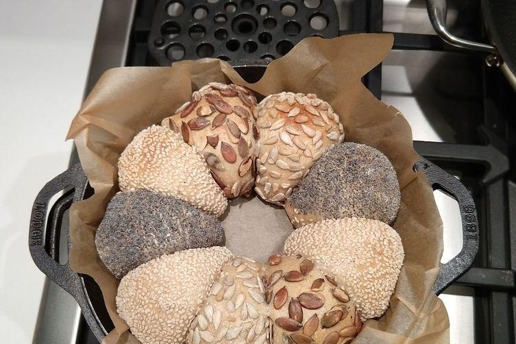 Sourdough dinner rolls