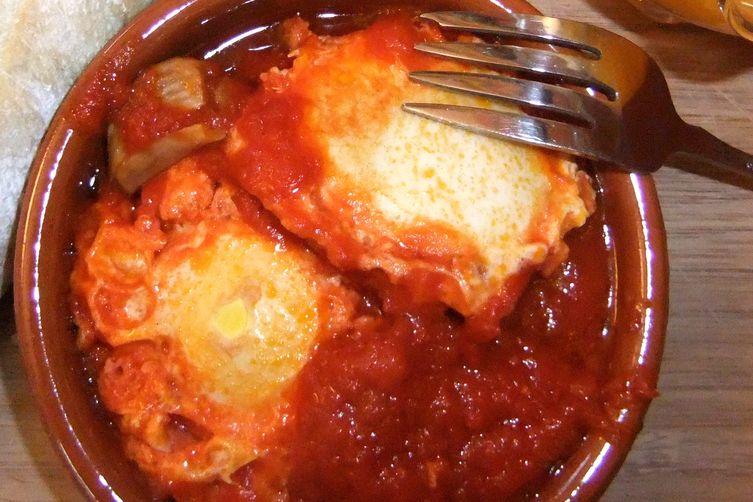 Shakshouka - Eggs in spicy sauce
