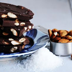 roasted almonds & sea salt chocolate bark