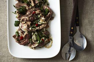 A7c53df4 caff 42da bea9 2c4775613f0a  2013 1015 jenny spicy thai steak salad 006