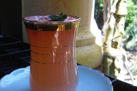 Pink Grapefruit Arak Cocktail