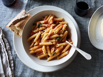 The Bright, Fresh Tomato Sauce They Teach You First in Culinary School