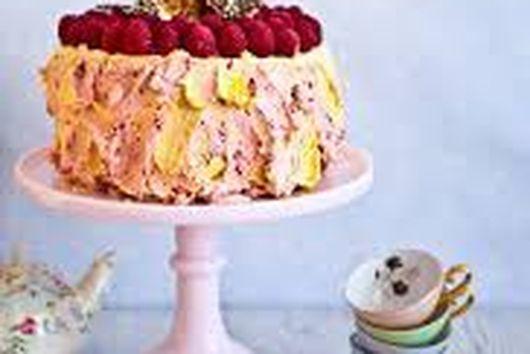 Passion raspberry cake