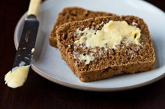 12ebe8f2 baa2 465e aeb8 c3b6e3c3140e  anadama bread