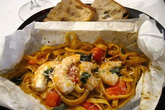 Shrimp & Roasted Tomato Fettucine en Papillote