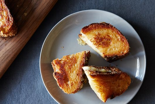 The Christmas Grilled Cheese That Showed Me Home in America