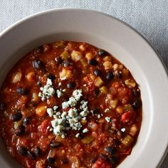 Buffalo-Style Quinoa Chili