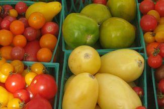 E7e98304 2515 446d 9675 977e26baa295  0322 examiner tomatoes small pic
