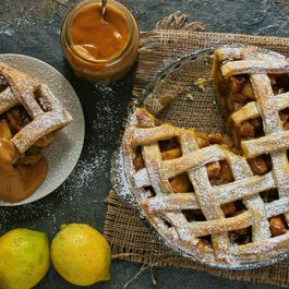 Spiced apple pie with creamy caramel custard