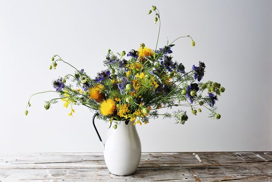 6 Summery Flower (& Food) Arrangements for Every Style