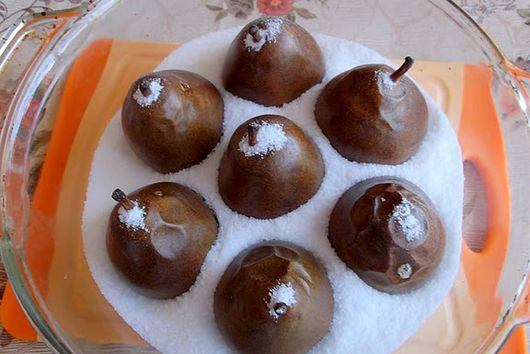 Salt-Roasted Pears and Apples with Caramel Sauce