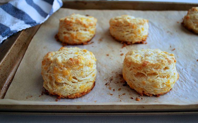 Garlic Cheddar Biscuts