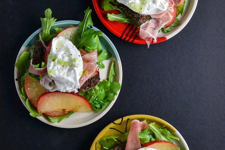 Plum, Prosciutto & Burrata Salad