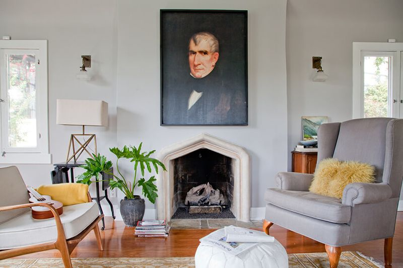 Within a large space, don't be afraid to create a number of distinct dwelling areas.