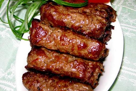 Mititei (Spicy, Garlicky Grilled Sausages)