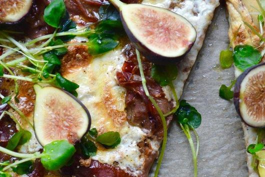 Fig Jam Pizza