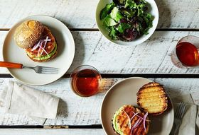 Ed6d6885 84f1 4503 ab99 a9989c4bef26  2014 0715 salmon burgers with avocado aioli 016