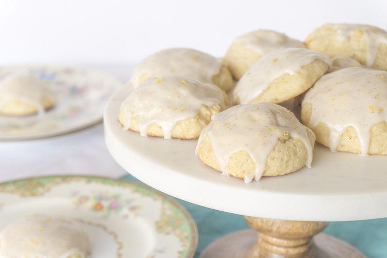 Vanilla Bean Ricotta Cookies