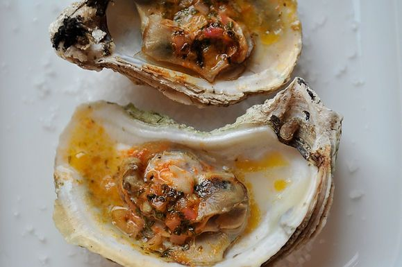Grilled (or Broiled) Oysters with Sriracha Lime Butter