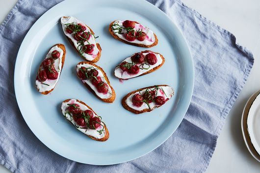 Crostini with Roasted Grapes, Vanilla Yogurt, and Fresh Basil