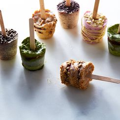 No-Churn Yogurt Pops—Like Eating Ice Cream for Breakfast!